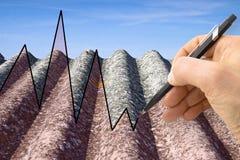 Entregue a tiragem de um gráfico sobre as edições que relacionam o asbesto foto de stock royalty free