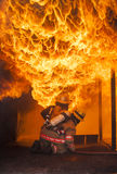 Entrenamiento de la lucha contra el fuego Imagenes de archivo