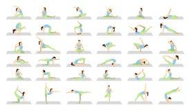 Entrenamiento de la yoga para las mujeres fijadas Imagen de archivo