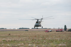 Entrenamiento de los servicios de rescate Foto de archivo libre de regalías