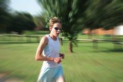 Entrenamiento femenino del atleta Fotos de archivo