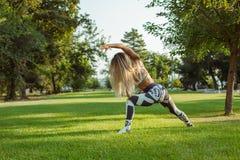 Entrenamiento y entrenamiento al aire libre foto de archivo
