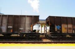 Entrene con la pintada que se mueve en la estación del sur de la Florida Imágenes de archivo libres de regalías