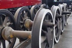 Entrene a las ruedas que esperan para ser cabido para entrenar imagenes de archivo