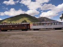 Entrene a los carros en Silverton una ciudad de plata vieja de la explotación minera en el estado de Colorado los E.E.U.U. Imagenes de archivo