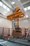 Entrepôt automatisé avec des robots Images libres de droits