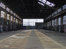 Entrepôt abandonné 00915_b Image stock