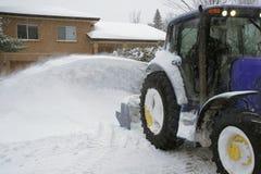 Entrepreneur résidentiel de déblaiement de neige Photos libres de droits