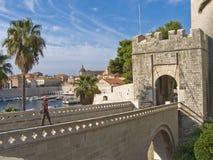 Entrer dans la vieille ville   Image libre de droits