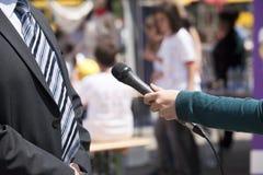 Entrevista dos meios Fotografia de Stock Royalty Free