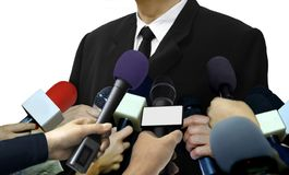 Entrevistas da imprensa dos meios com repórteres imagem de stock