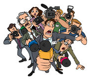 Entrevistas da multidão dos journalistas Imagens de Stock Royalty Free