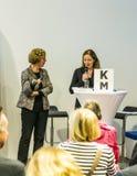 Entrevue avec Barbara Klemm à la foire de livre de Francfort 2014 Photos stock