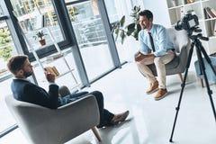 Entrevue d'affaires images stock