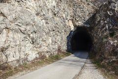 Entrez dans le tunnel photos libres de droits