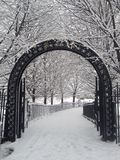 Entri nel mio paese delle meraviglie dell'inverno Immagini Stock