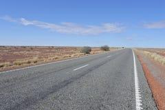 Entroterra Australia di Stuart Highway The Explorer Way fotografia stock libera da diritti
