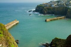 The entry to Port Isaac harbour, in Cornwall Royalty Free Stock Photos
