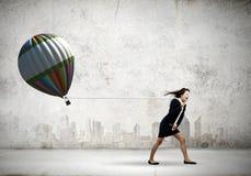 Entschlossene Geschäftsfrau Stockfoto