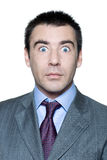 entsetzte stattliche geöffnete Augen des Mannes weit Lizenzfreies Stockfoto