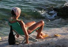 Entspannen Sie sich auf dem Strand Stockbilder