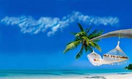 Entspannen Sie sich auf einem tropischen Strand Lizenzfreie Stockbilder