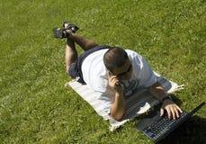 Entspannen Sie sich und arbeiten Sie Stockfoto