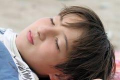 Entspannen Sie sich Zeit am Strand Stockbilder