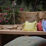 Entspannende Stelle im Garten Stockfotos