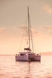 Entspannende Yacht in dem Indischen Ozean Stockfotografie