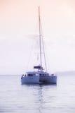 Entspannende Yacht in dem Indischen Ozean Lizenzfreies Stockfoto