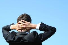Entspannender Geschäftsmann Lizenzfreie Stockfotos