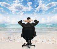 Entspannender Geschäftsmann. Lizenzfreie Stockbilder