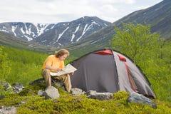 Entspannender Tourist stockfoto