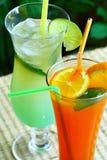 Entspannendes Getränk des Sommers lizenzfreie stockfotografie