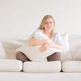 Entspannendes Mädchen Lizenzfreies Stockfoto