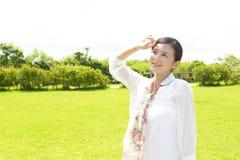 Entspannte Frau Lizenzfreie Stockfotos