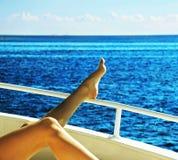 Entspannung auf der Yacht Lizenzfreie Stockbilder