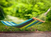 Entspannung auf Hängematte Stockfotos