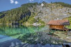 Entspannung an den Tyrol Seen Stockfotos