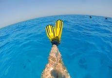 Entspannung im Wasser Stockfotos