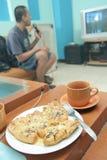 Entspannung im Wohnzimmer Lizenzfreies Stockfoto