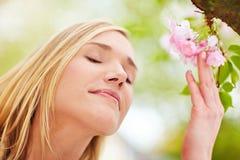 Entspannung mit Blumenaroma Lizenzfreies Stockbild