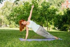 Entspannung mit Yoga Stockfotos