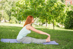 Entspannung mit Yoga Lizenzfreies Stockbild