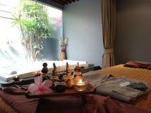 Entspannungstime†‹with†‹Badekurort massage†‹treatment†‹ lizenzfreies stockfoto