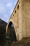 Entsteinen Sie Brücke lizenzfreies stockfoto