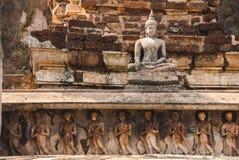 Entsteinen Sie Buddha-Statue Stockfotos