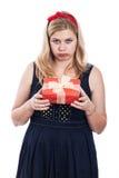 Enttäuschte Frau mit Mitbringsel Lizenzfreie Stockfotos