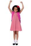 Entuzjastyczna szkoły podstawowej dziewczyna Zdjęcia Royalty Free